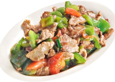 Stir-fried Beef with Green Peppers
